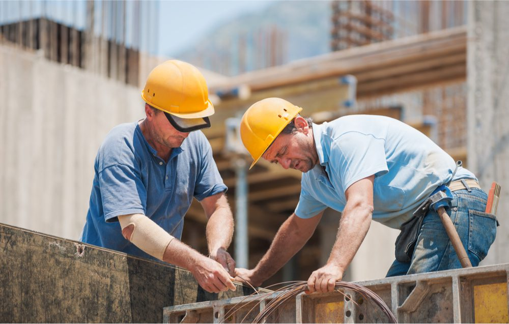 3 Ways to Stay Cool on a Building Site